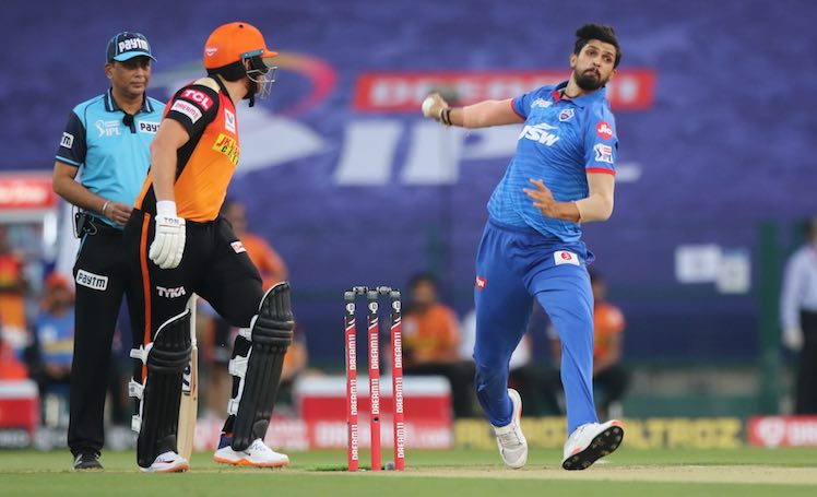 Ishant Sharma (DC V SRH) Images in Hindi