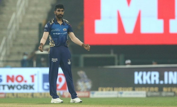 Jasprit Bumrah In Action Images in Hindi