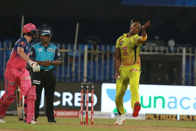 Lungi Ngidi In Action Images in Hindi