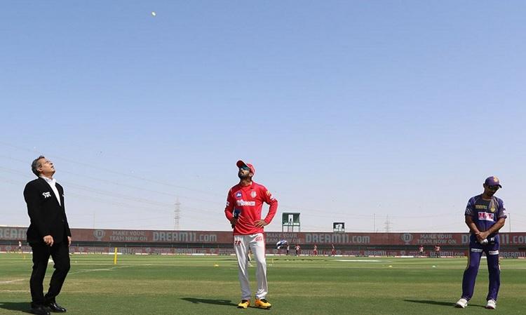 KKR opt to bat first against Kings XI Punjab
