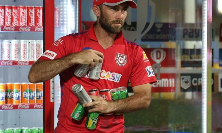 Kings XI Punjab player Glenn Maxwell spotted carrying 9 soft drinks can James Neesham gave a funny r