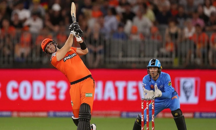 Liam Livingstone Re-Commits To Perth Scorchers For BBL 10