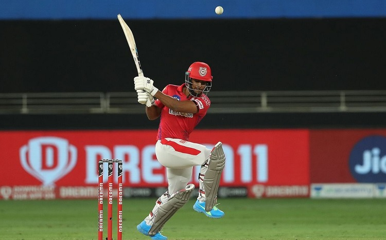 Kings XI Punjab set 127 runs target for Sunrisers Hyderabad