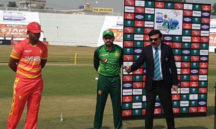 Pakistan opt to bat first against Zimbabwe in first odi