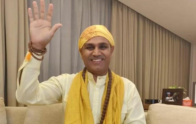 IPL 2020: रोहित शर्मा की फिटनेस का मजाक उड़ाना वीरेन्द्र सहवाग को पड़ा भारी, हुए ट्रोल