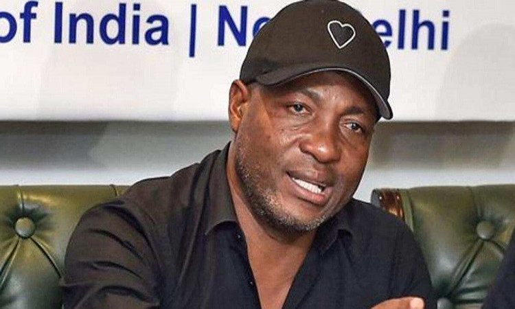 former West Indies cricketer Brian Lara believes captaincy was never a problem for KKR team in hindi