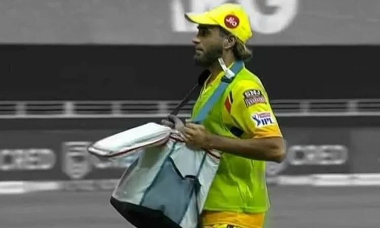 ipl 2020 happy to carry drinks for csk says imran tahir