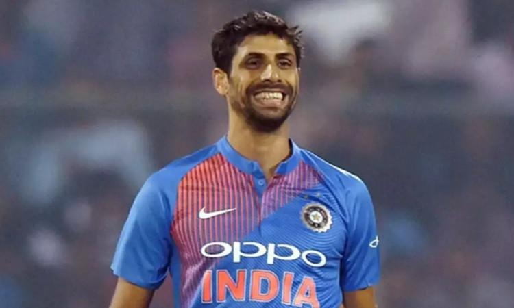 former Indian pacer Ashish Nehra picks his IPL 2020 best XI