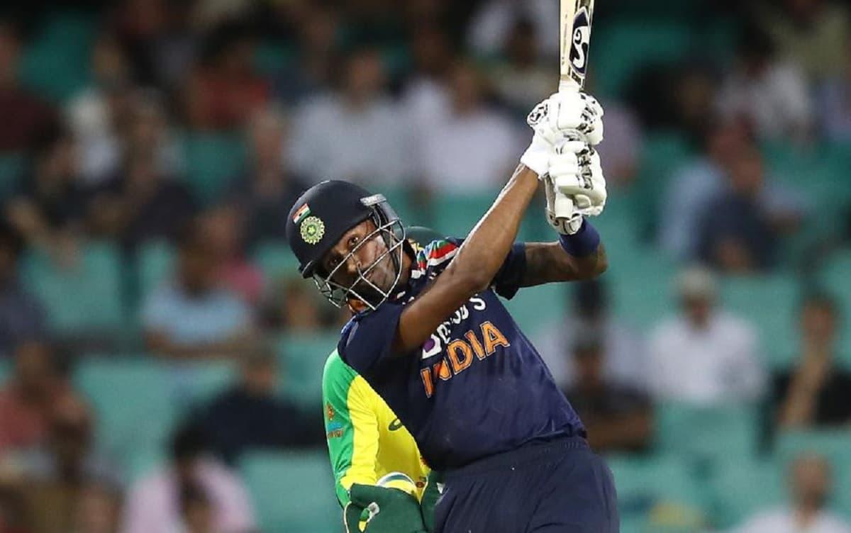 india vs australia 1st odi hardik pandya completes 1000 odi runs in  857 balls