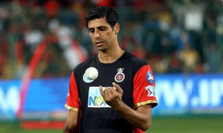 IPL 2020 Ashish Nehra says RCB should stick to the same players for at least three years in hindi