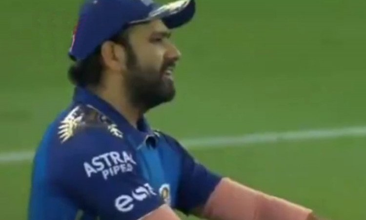 Kieron Pollard bowling two wides to Kagiso Rabada watch Rohit Sharma reaction in hindi