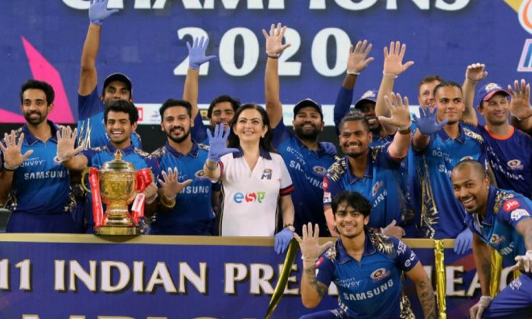 Top points table, win trophy, Four such instances in IPL