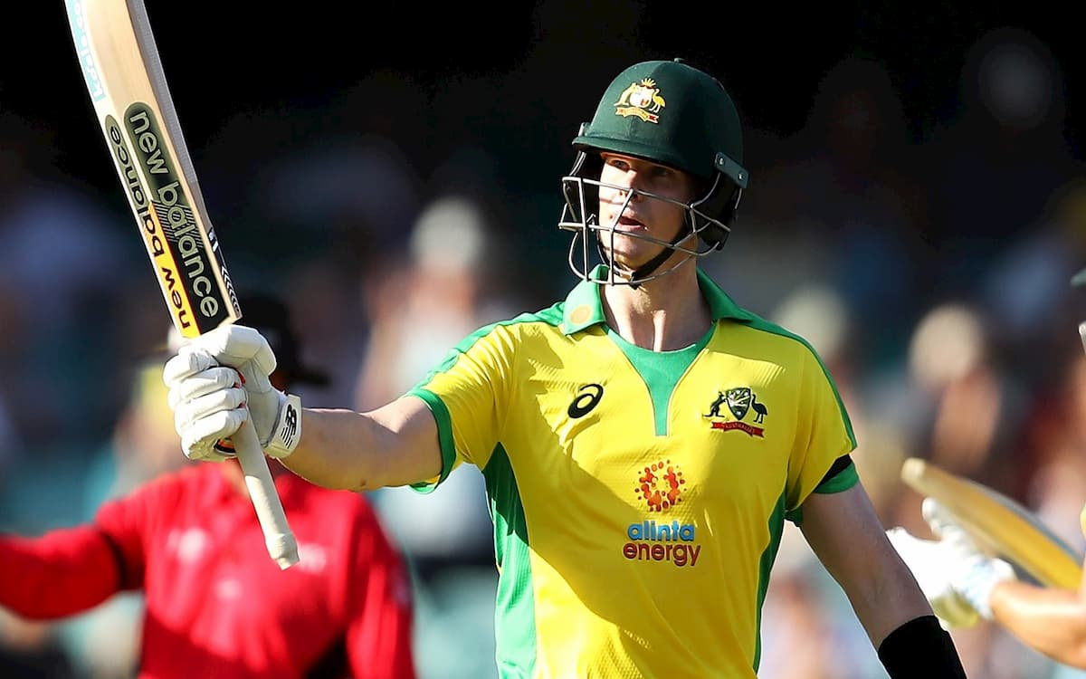 Tons from aaron Finch, Steve Smith help Aus set 375-run target for India