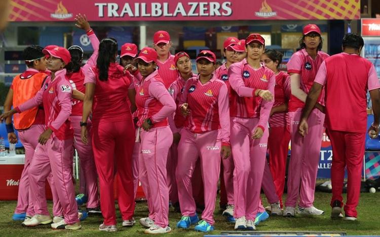 Smriti Mandhana,spinners help Trailblazers clinch maiden Womens T20 Challenge title