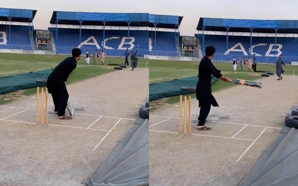 afghanistan cricketer Rashid Khan play helicopter shot like Dhoni watch video in hindi