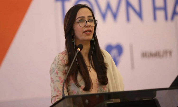 ali zafar the 1st female independent member in pcb's board of governors