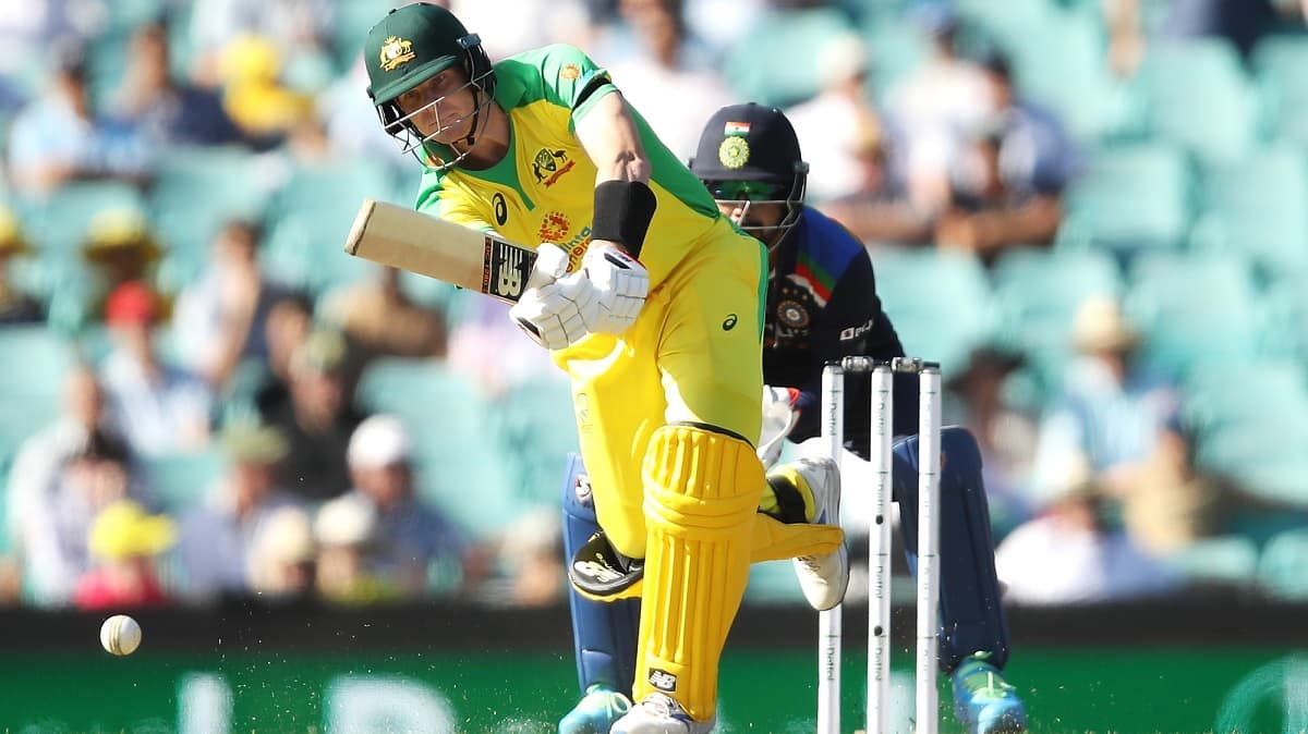 ind vs aus, 1st odi didn't think much, just saw and hit the ball, says smith