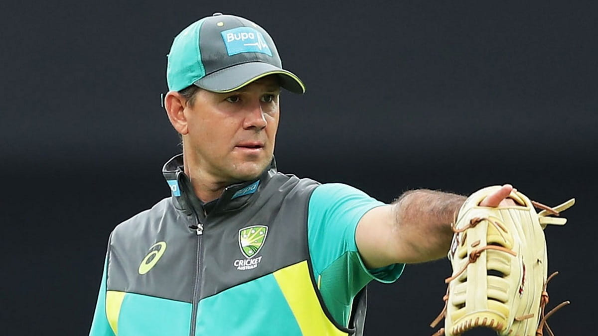ind vs aus ponting has taken the role of throwdown specialist, langer