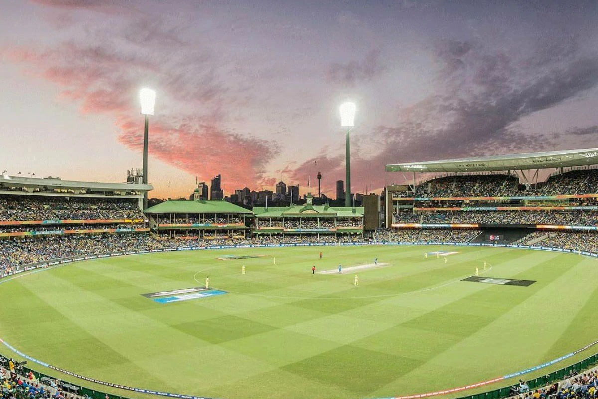 india vs australia, 1st odi crowds return to stadium after 8 months for men's cricket