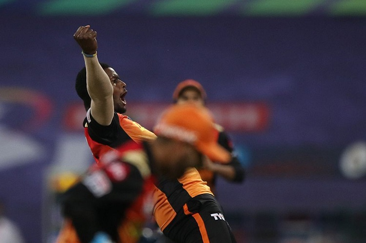 ipl 2020 holder reveals how srh manages to restrict teams at low scores