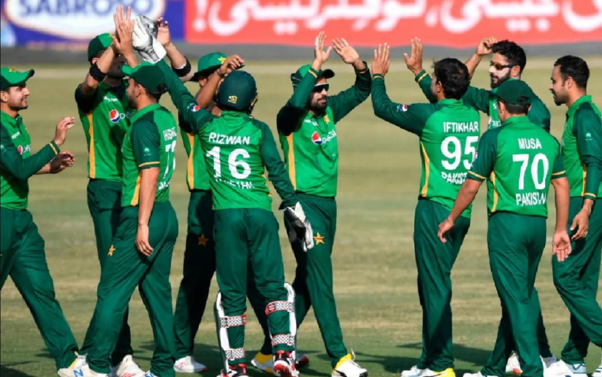 Pakistan's tour of New Zealand under cloud after 7th player tests Covid positive