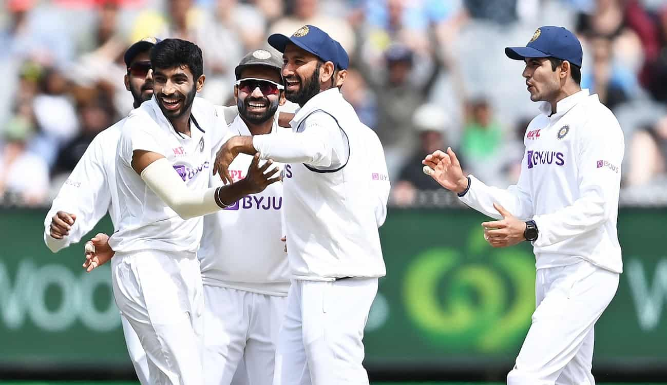 India beat Australia by 8 wickets in second test at mcg