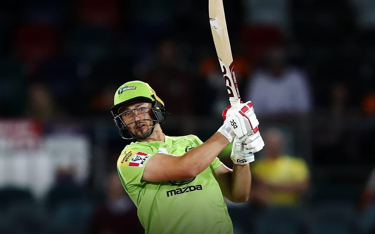 डेनियल सैम्स की तूफानी पारी के दम पर सिडनी थंडर ने ब्रिसबेन हीट को 4 विकेट से हराया