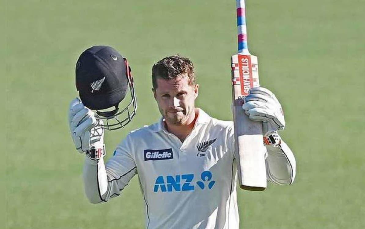 हेनरी निकोलस के शतक सें संभली न्यूजीलैंड, पहले दिन बनाए 294 रन