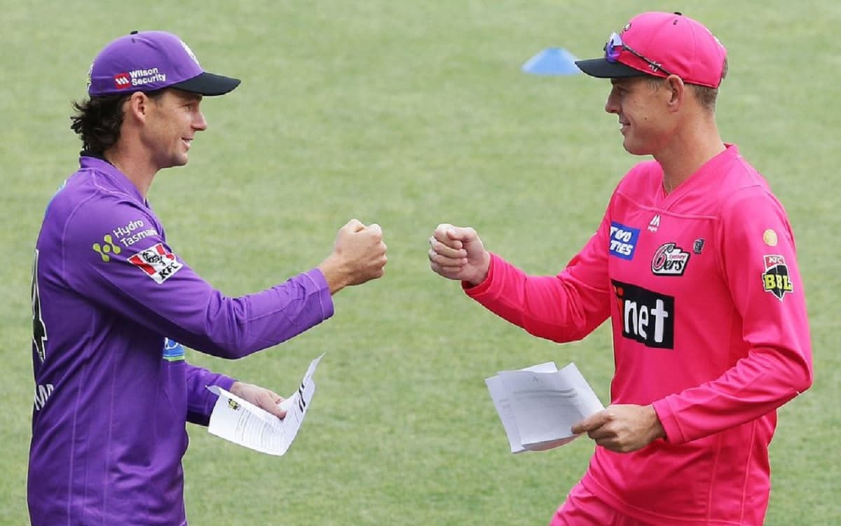 Sydney Sixers opt to bowl first against Hobart Hurricanes in Big Bash League 2020-21 opening match