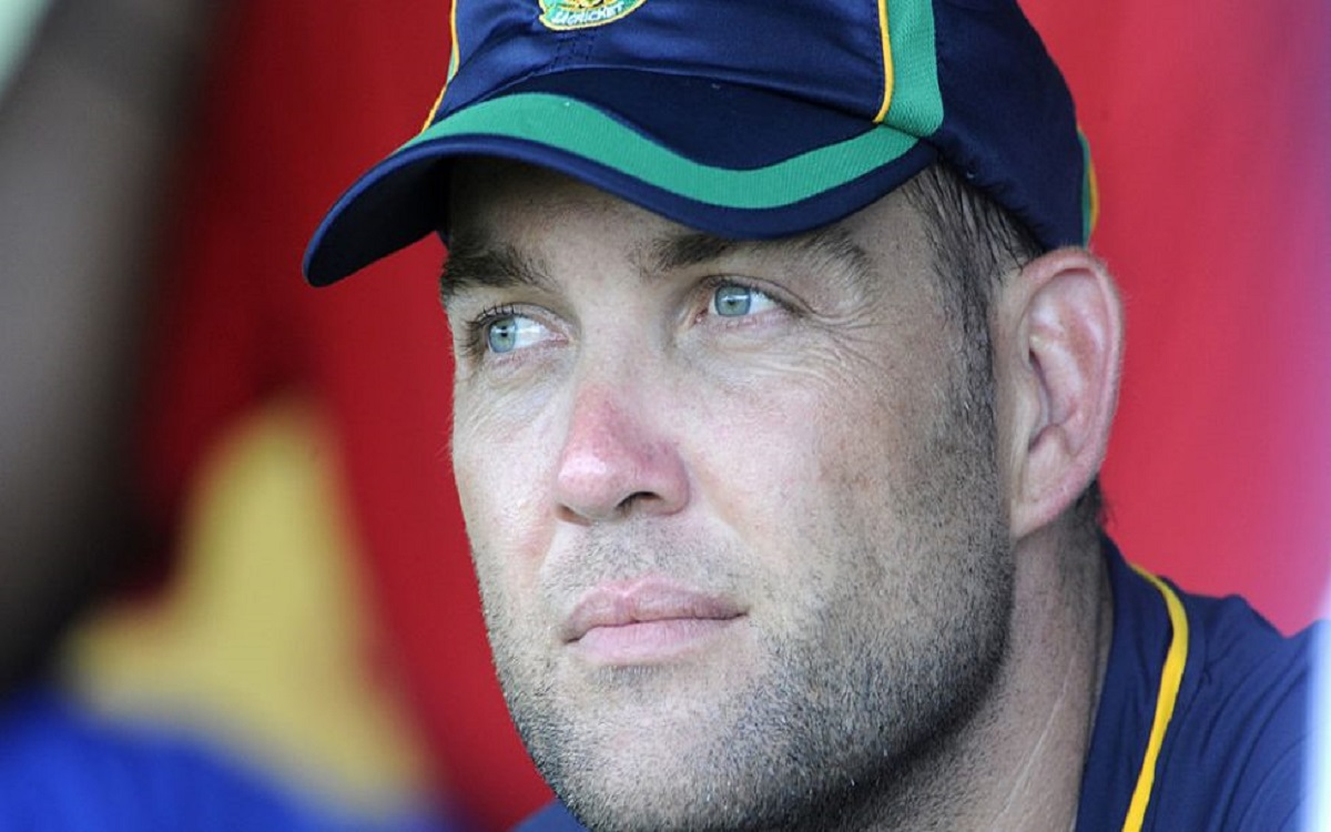 Jacques Kallis reacts after no Black armbands worn by South African team for Robin Jackman death