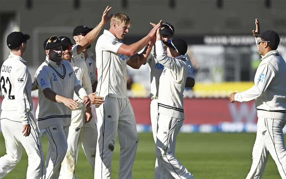 काइल जैमीसन, टिम साउदी ने शानदार गेंदबाजी से वेस्टइंडीज को बैकफुट पर धकेला