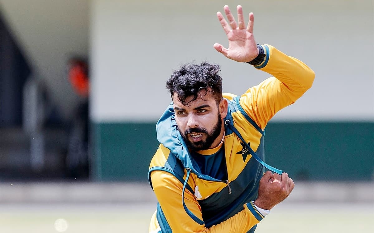 pakistan spinner Shadab Khan to be sidelined for six weeks