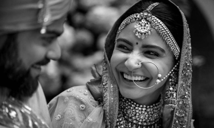 Virat Kohli and Anushka Sharma celebrate their third wedding anniversary Shares an adorable picture