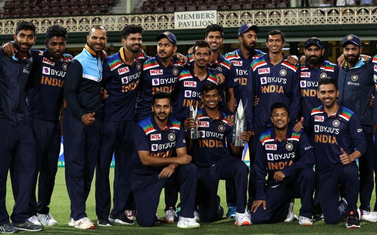 aus vs ind 3rd t 20 hardik pandya gave his man of the series award to t natarajan