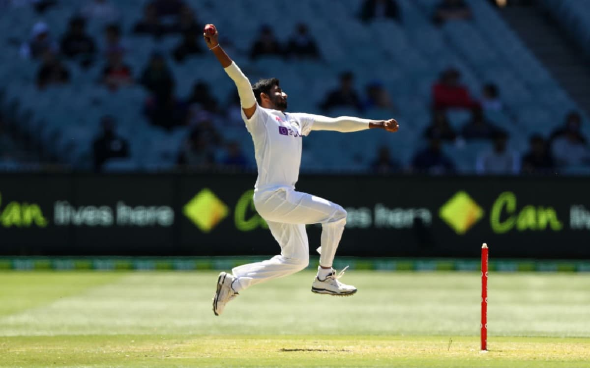 Image of Cricketer Bumrah repeated 1981 incident on Melbourne ground