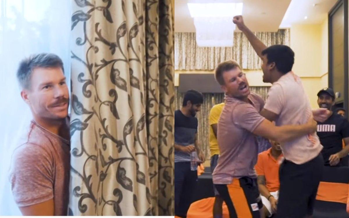 david warner shares funny video with sunrisers hyderabad IPL teammates in hindi