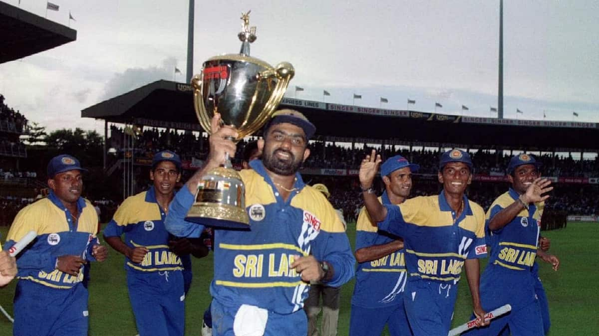 former sl wc winner asanka gurusinha appointed as coach of nigeria