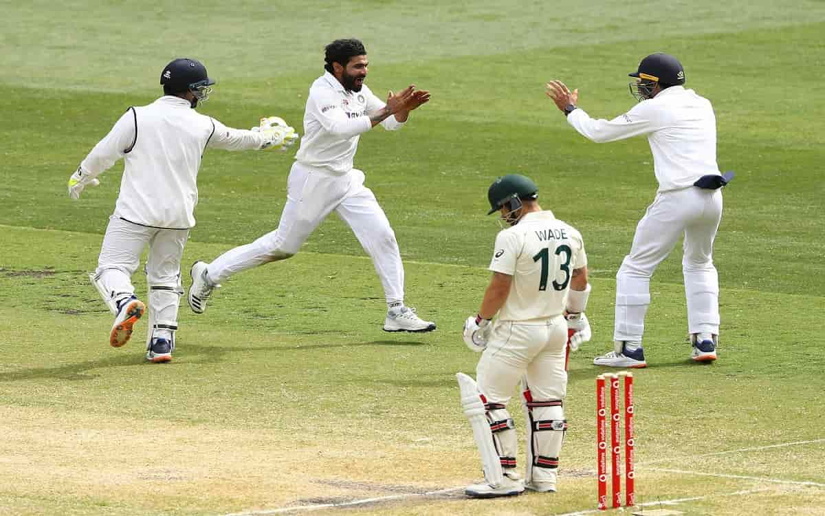 Image of Cricket Matthew Wade Praise Indian Bowling Attack