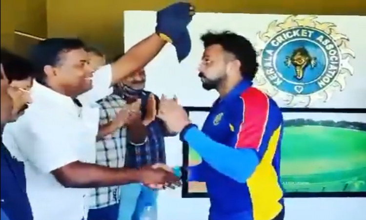 indian fast bowler sreesanth shares an emotional video