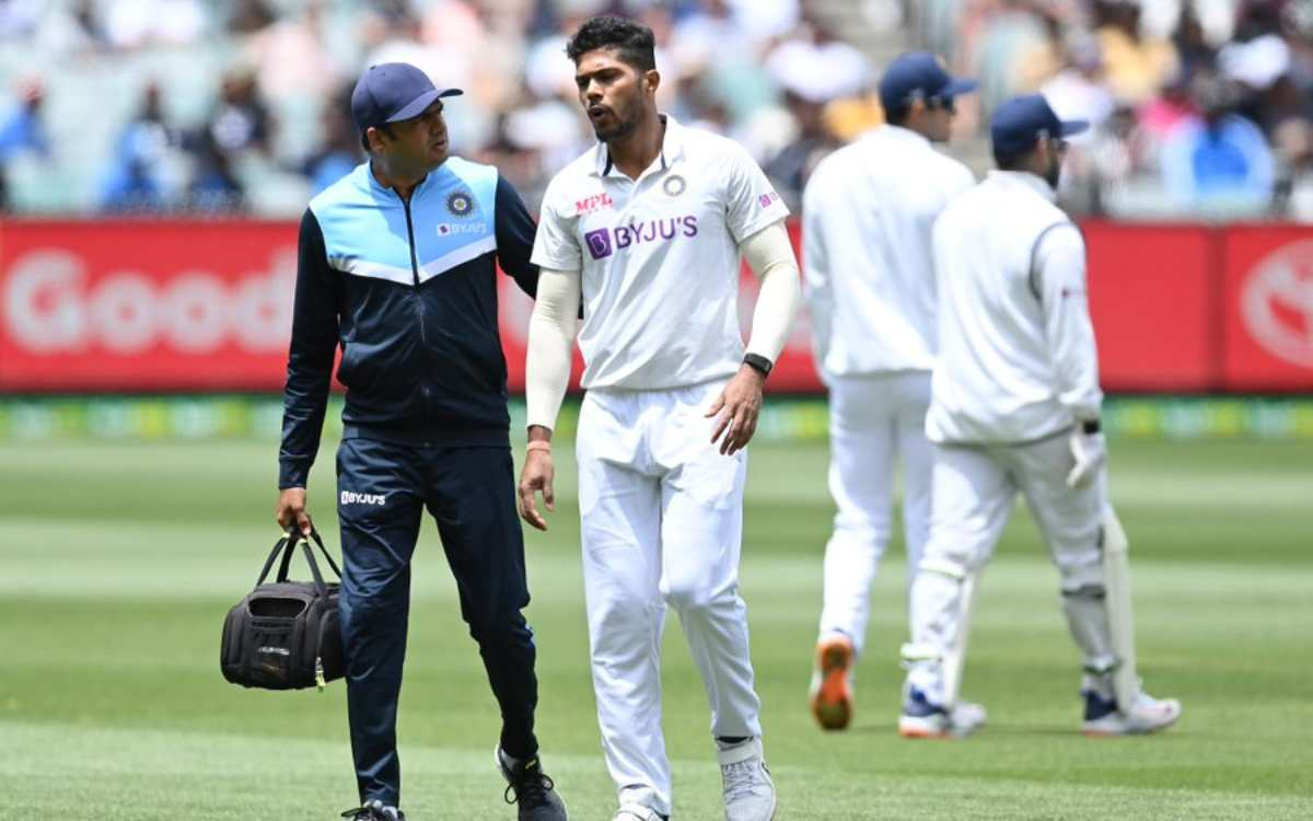 melbourne boxing day test umesh yadav complained of pain in his calfbcci tweeted