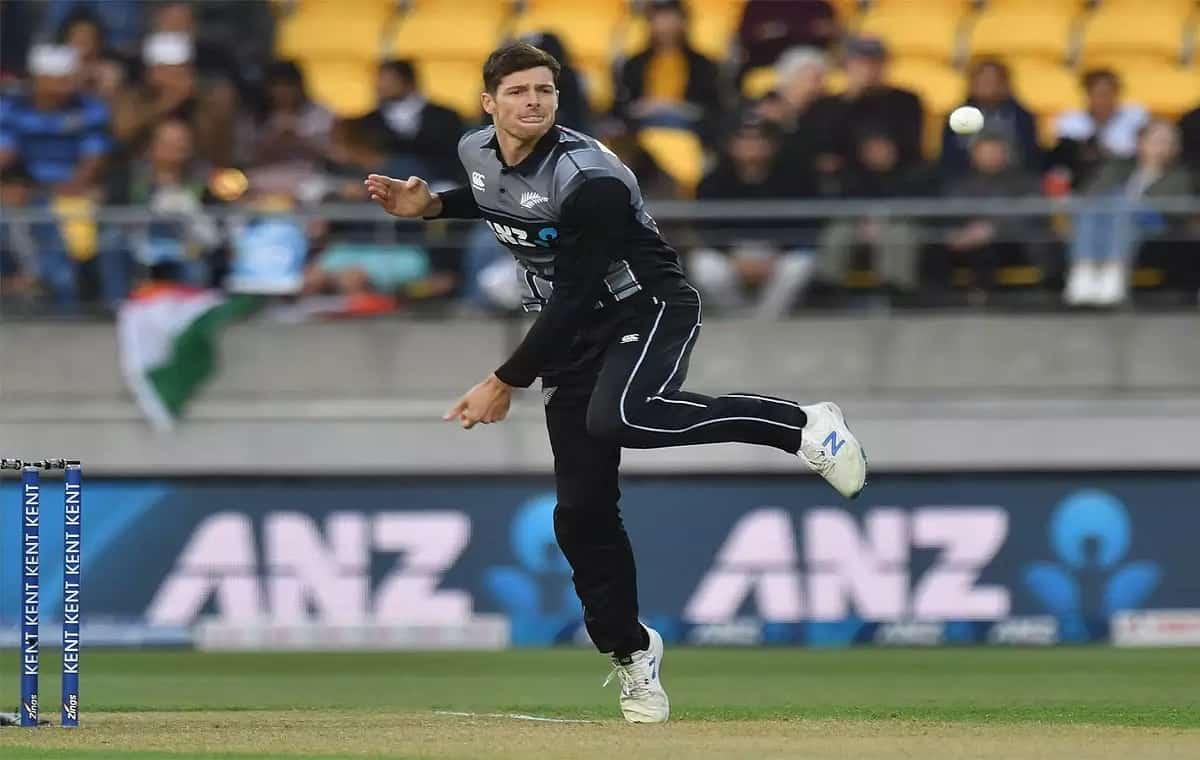 Image of Cricketer Mitchell Santner