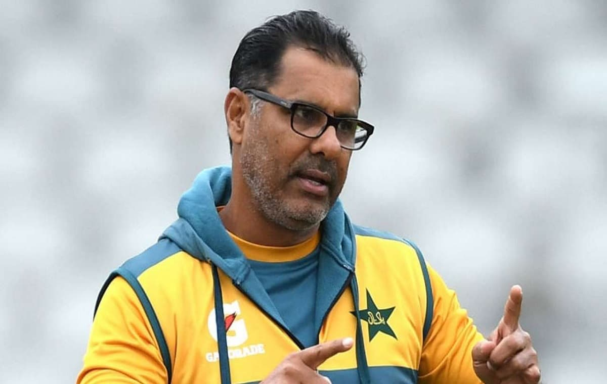 Image of Cricket bowling coach Waqar Younis will return to Pakistan after first Test against New Zea