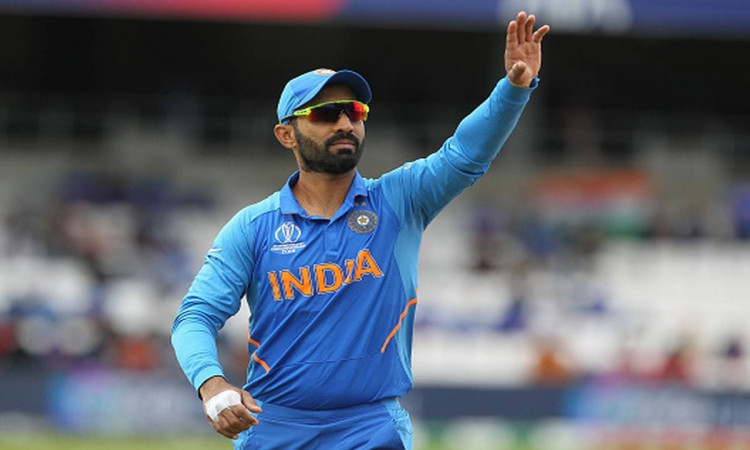 Dinesh karthik personified Rohit Sharma as King