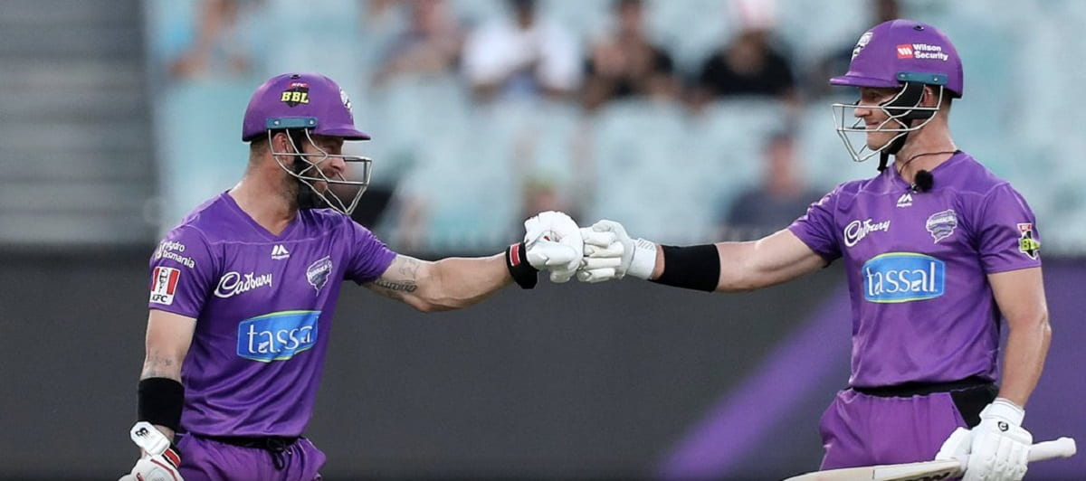 Hobart Hurricanes beat Sydney Sixers by 7 runs
