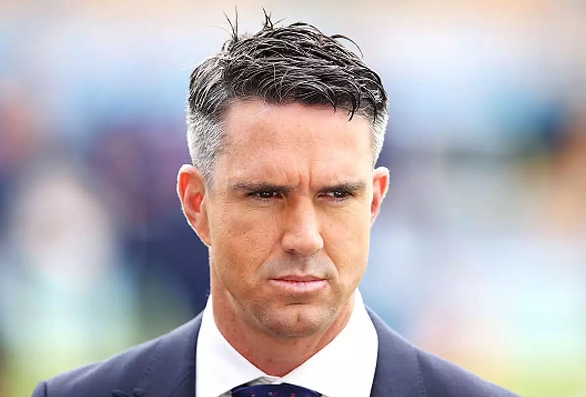 Kevin Pietersen Criticized England Squad Against India