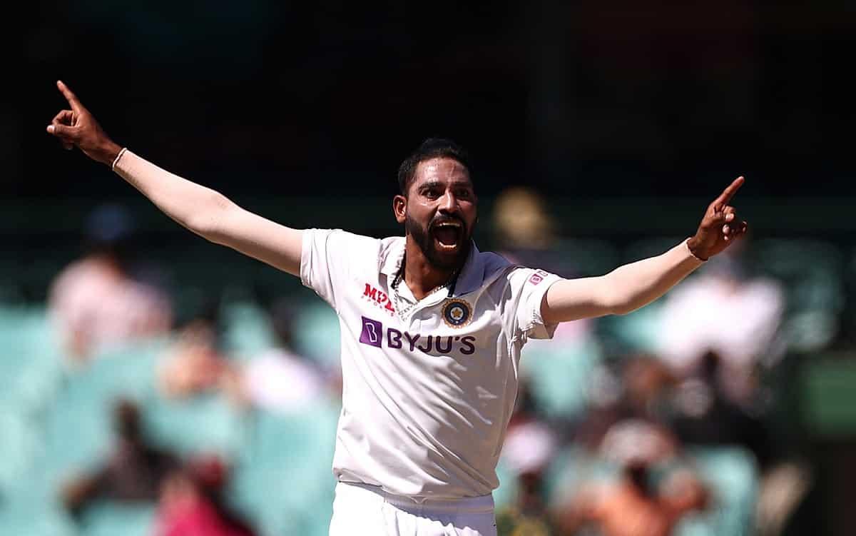 Cricket Image for मोहम्मद सिराज डेब्यू टेस्ट सीरीज में रचा इतिहास, तोड़ा जवागल श्रीनाथ का 28 साल पुर