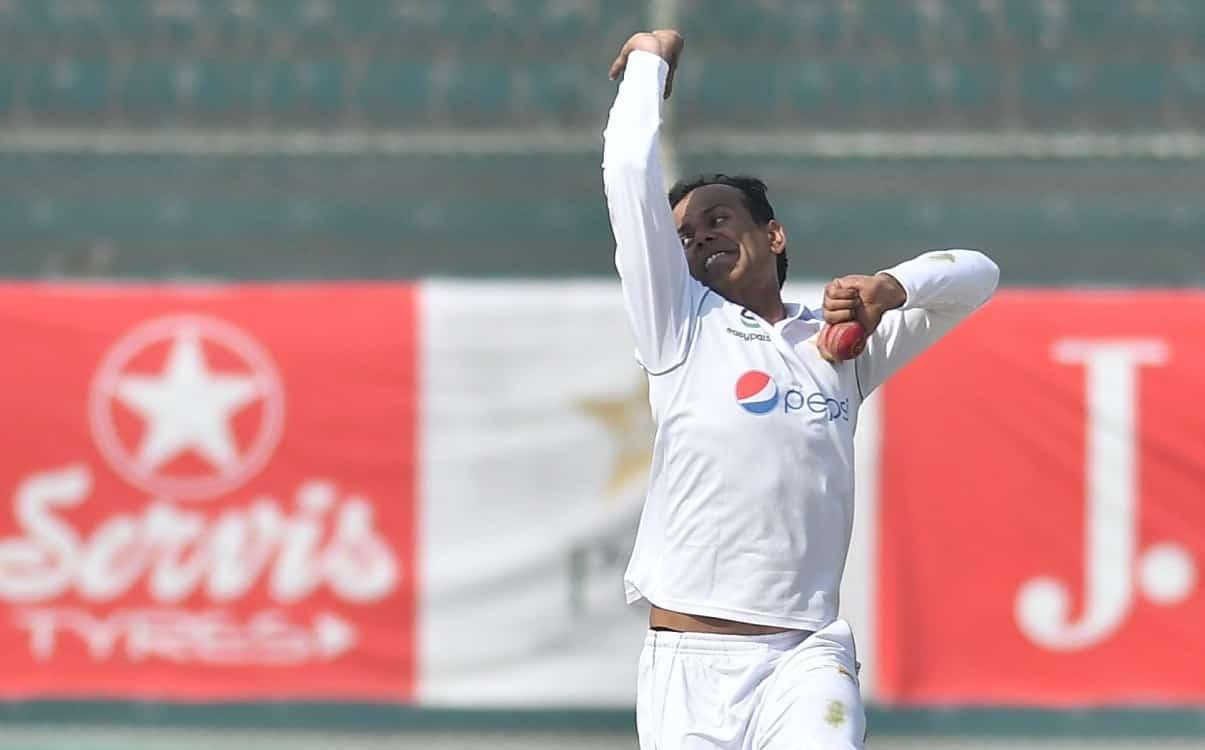 Cricket Image for पाकिस्तान के नौमान अली ने 34 साल में किया इंटरनेशनल क्रिकेट में डेब्यू,बना दिया ये