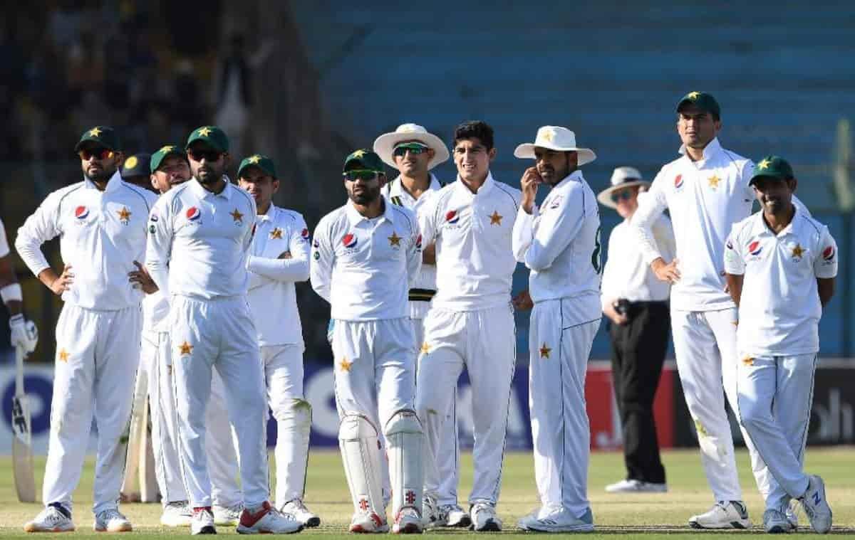 Cricket Image for साउथ अफ्रीका के खिलाफ पहले टेस्ट के लिए पाकिस्तान टीम घोषित,598 विकेट लेने वाले गे
