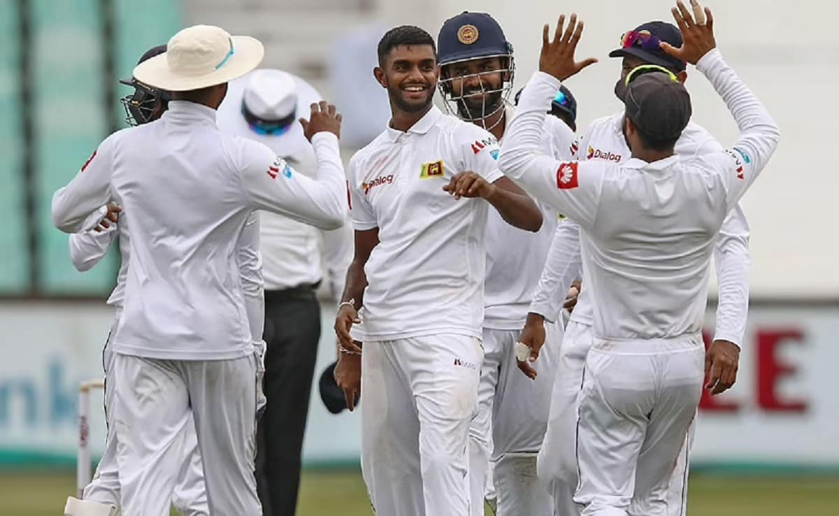 SL vs ENG Lasith Embuldeniya and Lahiru Thirimanne made a unique recdord for the 1st time in test
