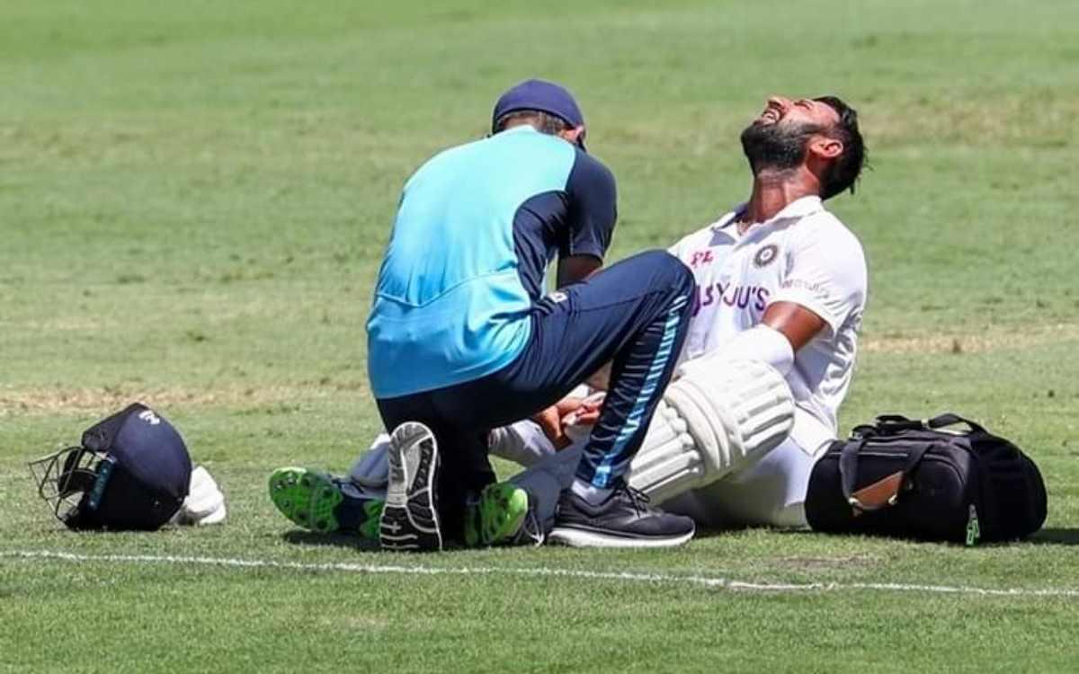 Cricket Image for 'जब पापा घर आएंगे, तो मैं उनको वहां किस करूंगी जहां उनके चोट लगी है', घर लौटने के